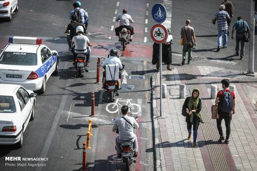 تردد موتورسواران در تهران