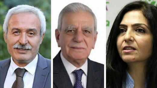 اردوغان سه شهردار را برکنار کرد/در ترکیه چه خبر است؟