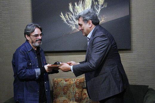 شهردار تهران خطاب به حسین علیزاده: خوشحالم که هنوز در این شهر زندگی میکنید