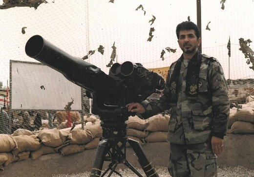 دوئل موشکی یک ارتشی با هلیکوپتر دشمن