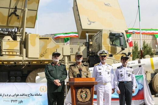 فرمانده کل ارتش: متناسب با همه تهدیدها، سلاح راهبردی تولید کردیم/معاون وزارت دفاع: پاسخمان به تهدیدها غافلگیرکننده خواهد بود