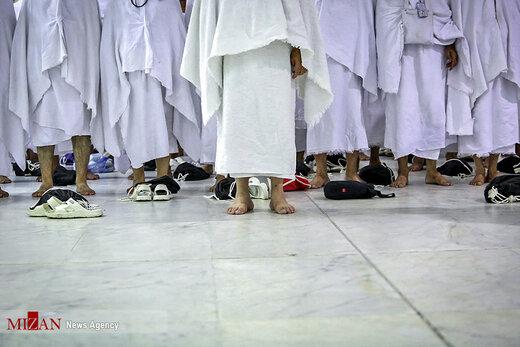 انجام اعمال عمره مفرده حجاج ایرانی به نیابت از شهدا