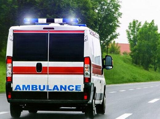 سارقان، آمبولانس لندکروز هلالاحمر را دزدیدند
