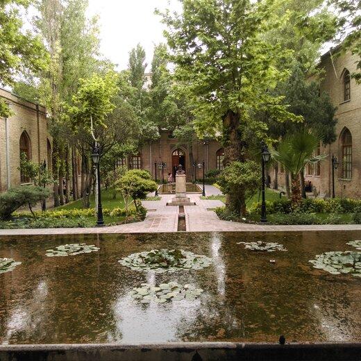 نیلوفرهای آبی باغ موزه نگارستان