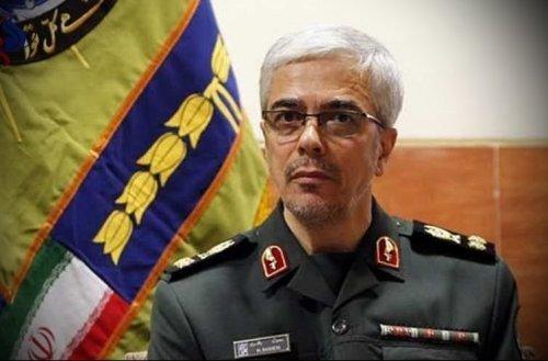 رئيس اركان القوات المسلحة الايرانية يصل الى بكين