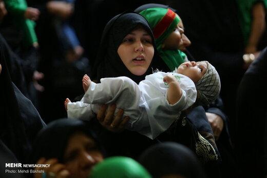 آیین شیرخوارگان حسینی در مسجد مقدس جمکران
