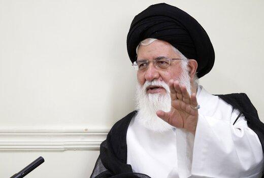 علمالهدی:انقلاب اسلامی، خدای حذف شده را به متن زندگی آورد/ لیبرالها دین را مانع توسعه میدانند/برخی افراد در انقلاب هدف واقعی آن را درک نکرده بودند