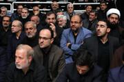 تصویری از جلیلی، محصولی و فتاح در کنار یک چهره اصلاحطلب در مراسم عزاداری بیت رهبری