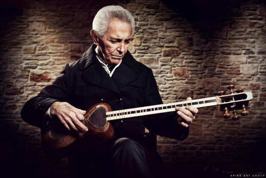 Iranian musician Farhang Sharif