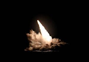 آمریکا ۴ موشک با قابلیت حمل کلاهک هستهای آزمایش کرد