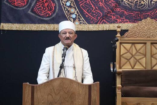 فیلم   حضور رهبر زرتشتیان در مراسم عزاداری امام حسین(ع)