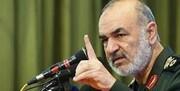 سرلشکرسلامی:رئیس جمهور آمریکا که با همه مقامات عالم با کبر و غرور صحبت میکند، تلاش می کند تا یک عکس یادگاری با مسئولان ایرانی بگیرد