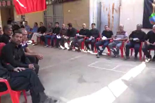 فیلم | صف نذری عجیب در خمینی شهر!