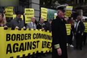 فیلم | اعتراض ایرلندیها به اجرای برگزیت