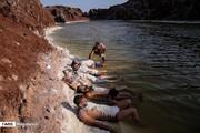تصاویر | شنا در گنبد نمکی