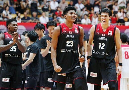 تصویری جالب از رختکن ژاپنیها بعد حذف از جامجهانی بسکتبال