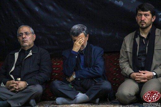 توییت یک روزنامه نگار در باره دروغ بودن خبر دیدار احمدی نژاد با رهبرمعظم انقلاب