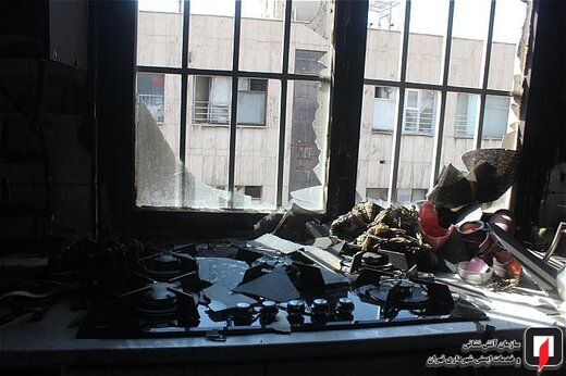آتشسوزی واحد مسکونی در بزرگراه نواب