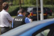فیلم | واکنش سریع پلیس آمریکا در لحظه پریدن یک جوان از پل