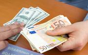 نرخ دلار کاهش یافت/ یورو ۱۲.۷۰۰ تومان شد