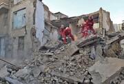 ساختمان سه طبقه در مشهد به دلایل نامعلوم ناگهان ویران شد!