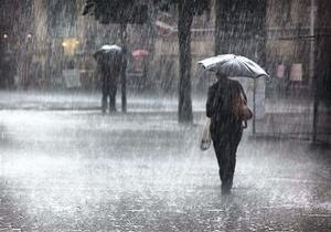 سامانه بارشی از شمال غرب و غرب به ایران وارد میشود؛ تهران همچنان بارانی است