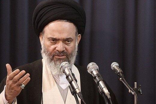 آیت الله حسینی بوشهری: باید فراریان مالیاتی را شناسایی و از آنها مالیات مطالبه کنیم