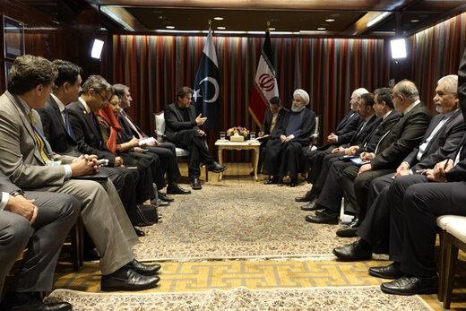 عمران خان يلتقي روحاني في نيويورك