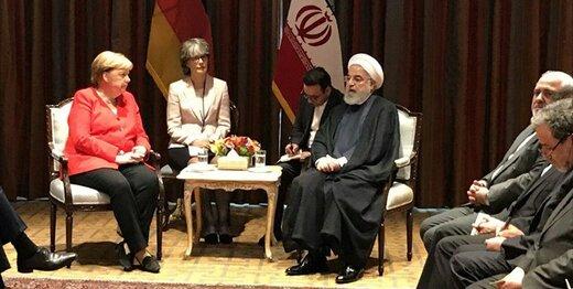 روحاني:اتهام الدول الاوروبية الثلاث لايران لا اساس له
