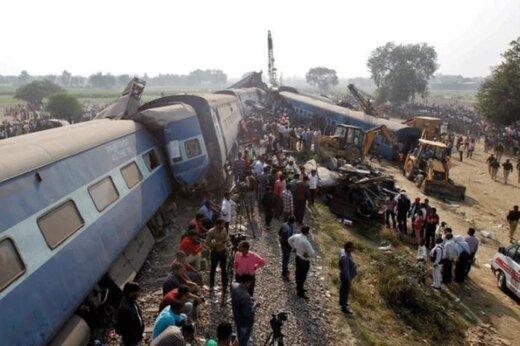 فیلم | تصاویر جدید هوایی از قطار مرگ در زاهدان