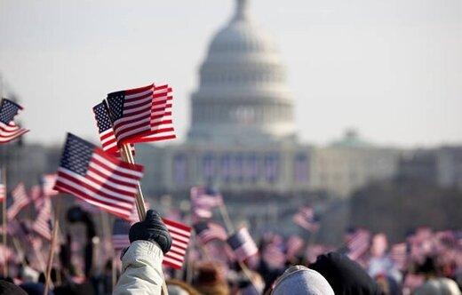 هر امریکایی در سال چند میلیون تومان درآمد دارد؟