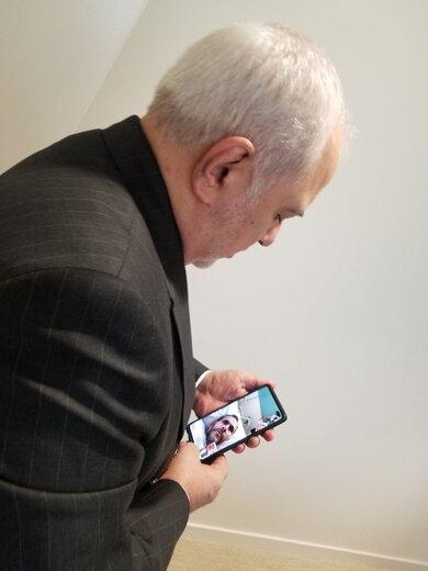 توئیت ظریف پس از ملاقات تصویری با تختروانچی
