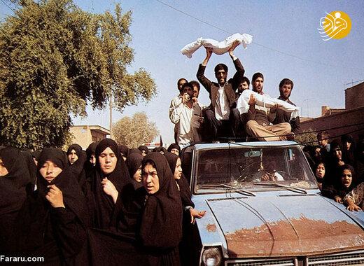 تشییع شهدای بمباران در آبادان