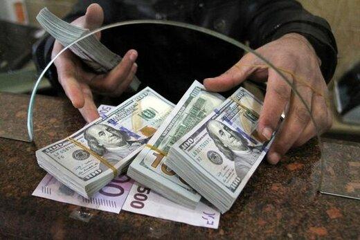 افزایش آرام قیمت دلار