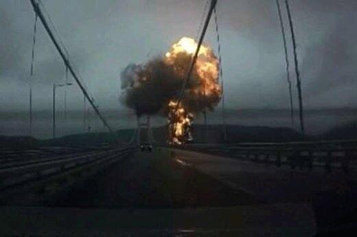 فیلم | نمایی هولناک از لحظه انفجار بک نفتکش در بندر کرهجنوبی