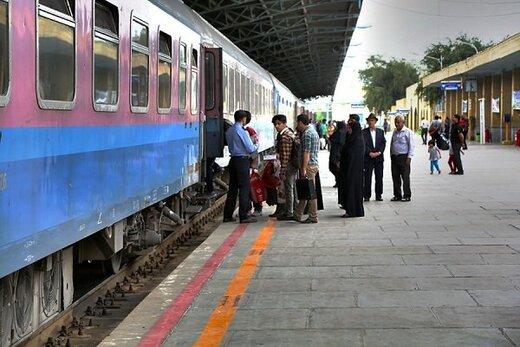اولین قطار اربعین از اصفهان راهی کرمانشاه می شود