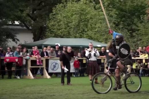 فیلم | اگر شوالیهها بهجای اسب، دوچرخه داشتند