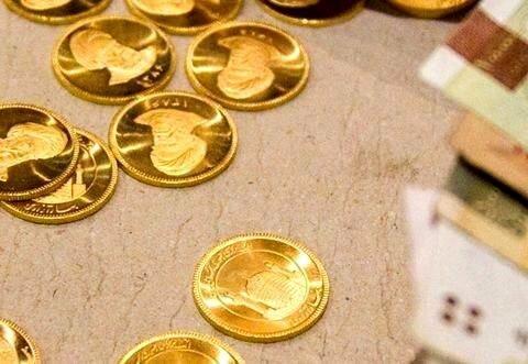 ریزش ۵۰ هزار تومانی قیمت سکه / رکود بازار جهانی، طلا را ارزان کرد