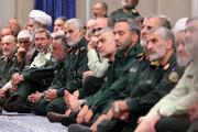 عکسی از سردار سلیمانی در دیدار با رهبر انقلاب
