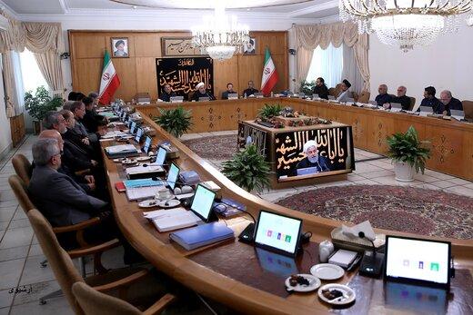 روحاني : قوة ومكانة الشعب الايراني تجسدت وارتقت بعد عام ونصف من الضغوط القصوى