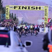 پیراهن طلایی مرحله سوم به رکابزن روسی رسید/ پیراهن کوهستان بر تن رکابزن تبریزی