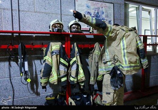 از این به بعد آتشنشانان را در لباسی جدید میبینید/  قیمت یک دست لباس آتشنشانی