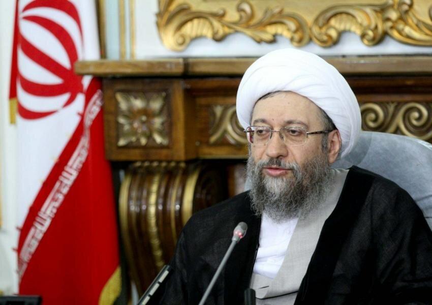 واکنش آملی لاریجانی به اختلاف دولت و مجلس درباره لایحه بودجه ۱۴۰۰