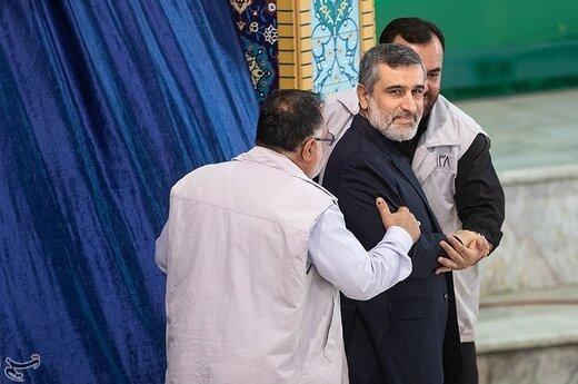 سردار امیرعلی حاجی زاده فرمانده هوا فضای سپاه در نماز جمعه تهران
