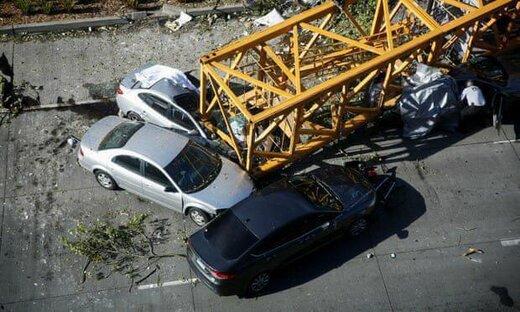 سقوط جرثقیل در بزرگراه محلاتی؛ ۳ نفر جان باختند/ عکس