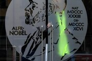 تلاش برای برگرداندن اعتبار جایزه نوبل پس از رسوایی ۲ سال پیش