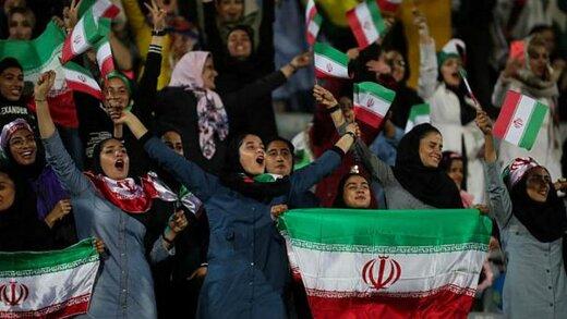 کیهان: مشکل زنان،امنیت شغلی و جهیزیه دختران و اجرای قانون مرخصی زایمان است،نه ورود به ورزشگاه