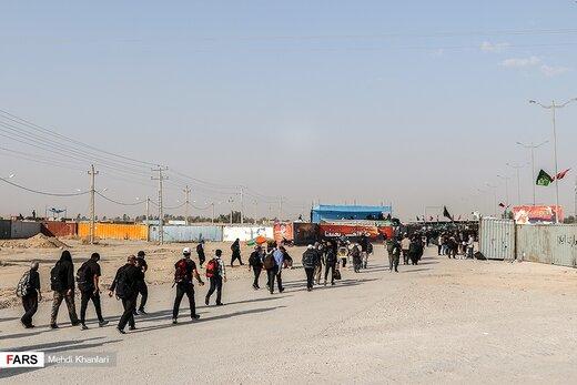 زائران اربعین حسینی در مرز مهران