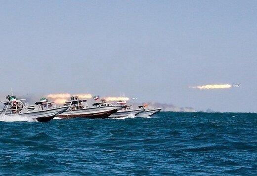 رونمایی از نسل جدید شناورهای سپاه برای حفاظت از آبهای خلیج فارس/ شناورهایی با موتور جت و مجهز به موشک کروز و راکت ۱۰۷ میلیمتری +تصاویر