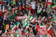 فیلم | زنان ورزشگاه آزادی را مثل دسته گل تحویل دادند